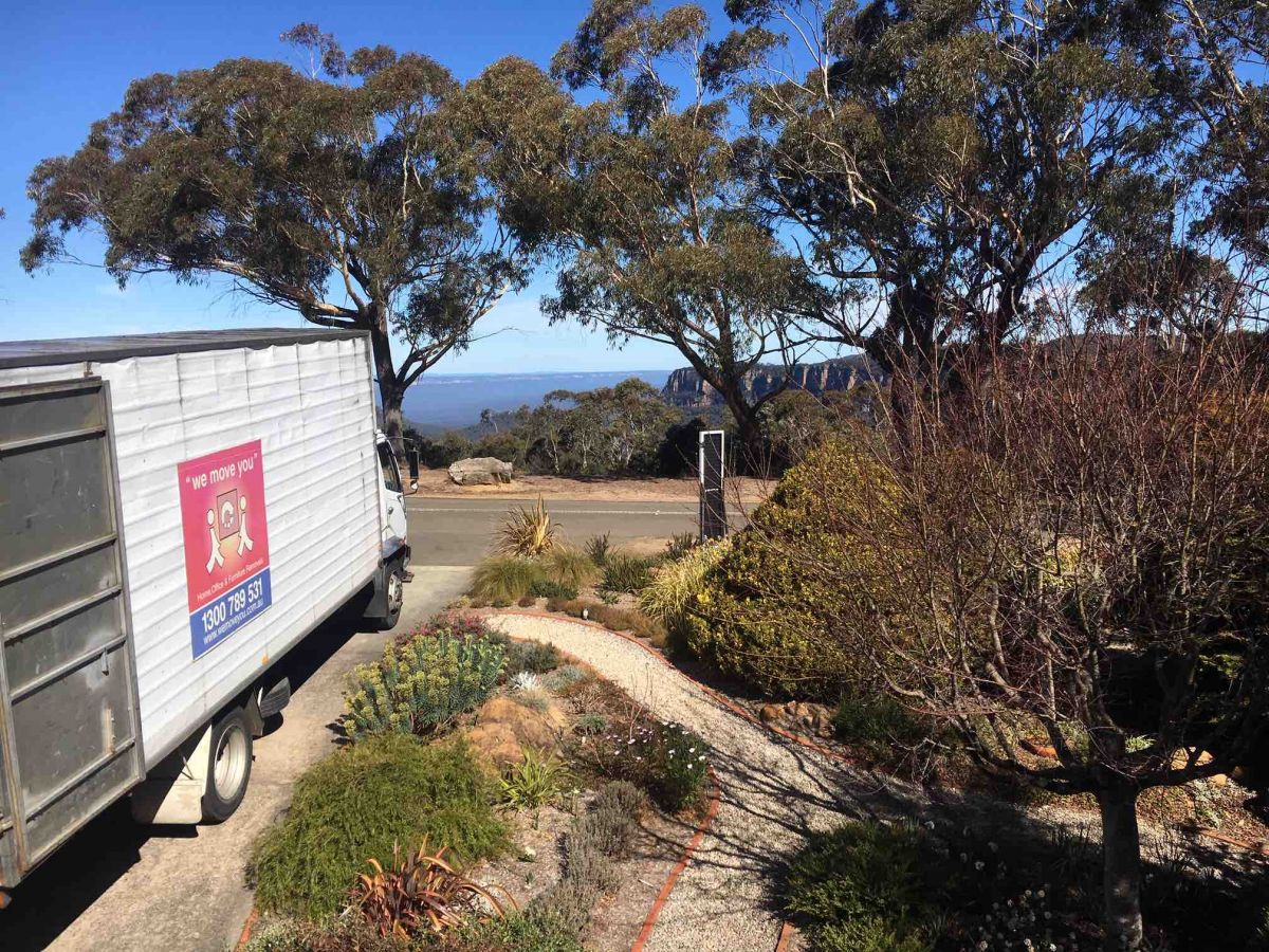 blue mountains furniture removals